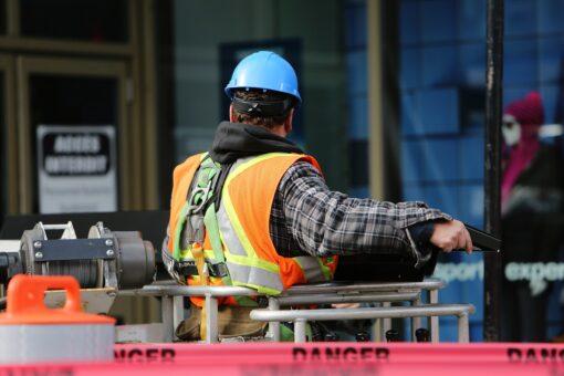 November 2020: Erwerbstätigkeit sinkt leicht gegenüber dem Vormonat